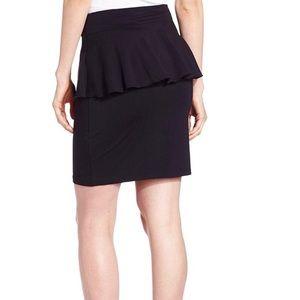 🍋{Kensie} Black Peplum Skirt
